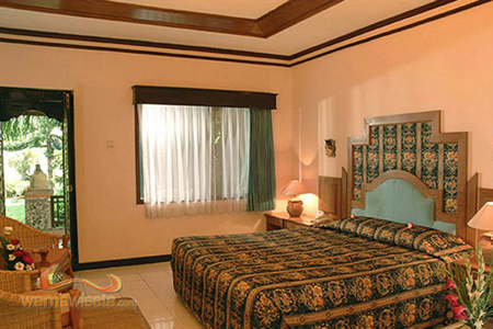 kamar hotel kuta beach club
