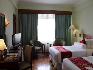 deluxe room the sunan hotel